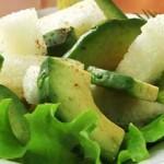 Салат с дыней и авакадо