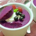 Суфле из садовых ягод со сгущеным молоком