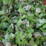 Зеленый салат с вёшенками