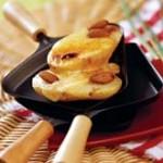 Сыр раклетт с картофелем на барбекю