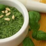 Зелёный соус к мясу