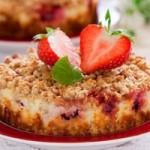 Десерт из творога с ягодами