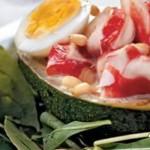 Крабовый салат с соусом чили