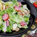 Салат с шампиньонами и перепелиными яйцами