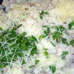 Салат из петрушки с пармезаном