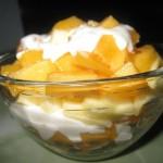 Салат из цитрусовых, с заправкой из йогурта