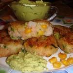 Картофельные котлеты с креветками и кукурузой