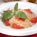 Перловка с помидорами и сыром