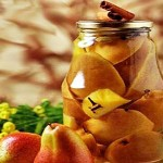 Яблоки и груши в белом вине