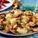 Картофельные клёцки с грибами