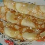 Блинчики медовые с яблоками
