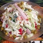 Аппетитный салат из белокочанной капусты, с ветчиной