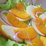 Салат с хурмой и яблоком