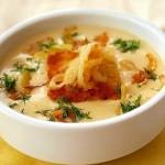 Сырный крем – суп с гренками