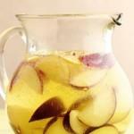 Газированный напиток с фруктами