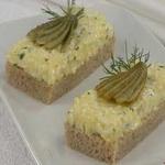 Бутерброд из ржаного хлеба, с яичным маслом