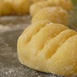 Ньокки картофельные, запеченные под сыром