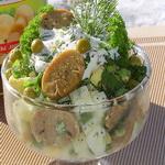 Грибной салат с зелёным луком и горошком