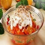 Морковный салат с курагой и лимоном