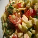 Салат из помидоров, огурцов и яблок