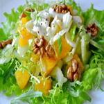 Салат из сладкого перца, с орехами