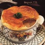 Грибной суп под крышкой из теста