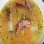 Чечевичный суп с копчеными рёбрышками