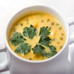 Индийский суп с горошком и пряной зеленью