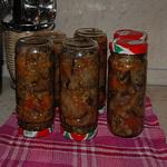 Баклажаны с овощами, по-деревенски