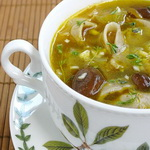 Грибной суп с лапшой лингуини