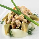 Теплый салат из патиссонов с зелёным горошком