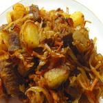 Тушеная капуста с бараниной и картофелем