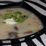 Грибной суп, заправленный молоком