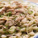Салат из ветчины с бобовыми