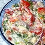 Салат из помидоров с простоквашей