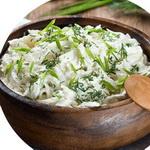 Салат из редьки, со сметаной
