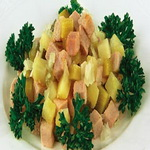 Салат мясной, с картофелем