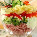 Сырный салат с ветчиной