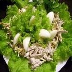 Яичный салат с копченым шпиком