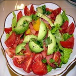 Овощной салат с заправкой из кунжутного масла