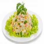 Салат из крабовых палочек (классический)