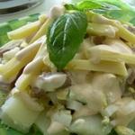 Фруктовый салат с крабовыми палочками и тофу