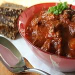 Рагу из мяса, с пивным соусом