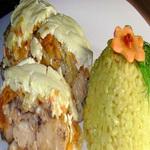 Судак с овощами под сметаной