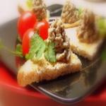Бутерброды с паштетом из фасоли и грибов