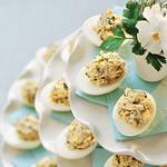 Яйца, фаршированные копченой сардиной
