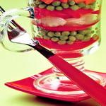 Салат – коктейль из маринованного перца и зелёного горошка