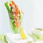 Салат – коктейль из яиц и креветок