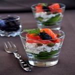 Салат – коктейль с лососем