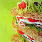 Бутерброды с ветчиной и брынзой